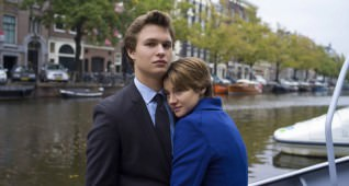 DF-19123r -- Hazel (Shailene Woodley) and Gus (Ansel Elgort) take in the sights during an unforgettable trip to Amsterdam.