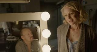 Michael Keaton as ŇRigganÓ and Naomi Watts as ŇLesleyÓ in BIRDMAN. Courtesy Fox Searchlight Pictures. Copyright © 2014 Twentieth Century Fox.